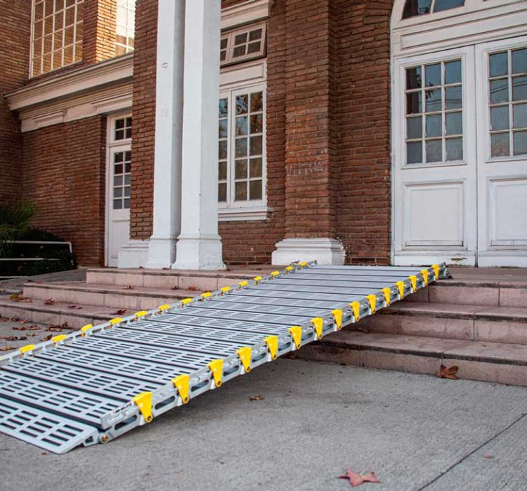 Rampas móviles para escaleras y acceso a edificios